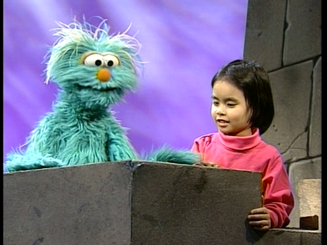 File:Elmo Says BOO! 219.png