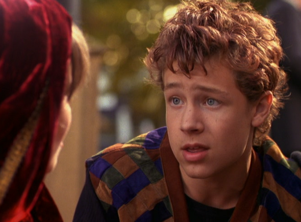 File:Luke's human form in Halloweentown.png