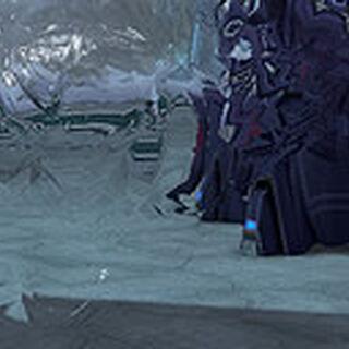Profilo di un Elite Sthealt in Halo: Combat Evolved Anniversary con mimetizzazione attiva
