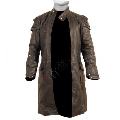 File:Hansel Gretel Jeremy Renner Trench Coat.jpg