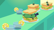S3E17 Picklesandwich
