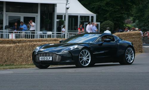 File:Aston Martin One-77.jpg