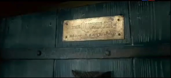 File:The Quibbler sign at the Lovegood's house entrance door.jpg