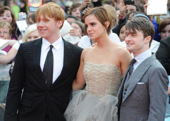 File:Rupert-Grint-Emma-Watson-and-Daniel-Radcliffe-attend-Harry-Potter-And-The-Deathly-Hallows-Part-2-world-premiere-in-London 1.jpg