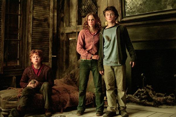 File:The Trio PoA.jpg