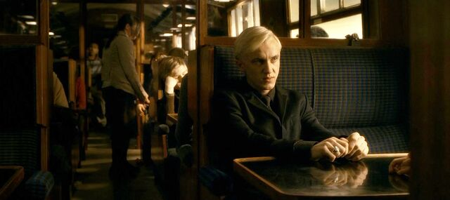 File:Harry-potter-half-blood-movie-screencaps.com-2897.jpg
