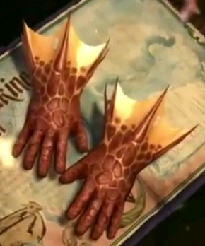 File:DragonHideGloves.png