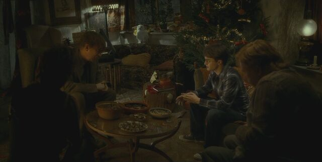 File:Christmas time at the Burrow.jpg