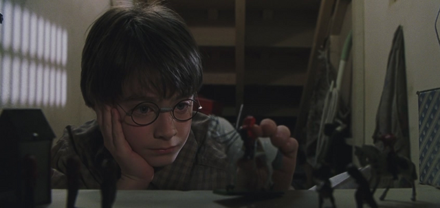 File:HarryPlayingWithToySoldiers.png