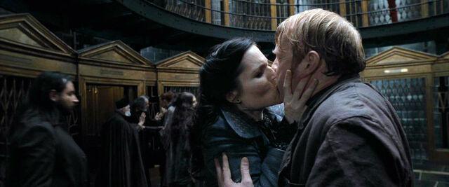 File:DH1 Mary kiss the fake Reginald Cattermole.jpg