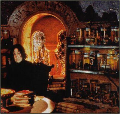 File:Snape In Office.jpg