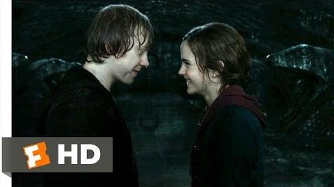 Harry Potter and the Deathly Hallows Part 2 (1 5) Movie CLIP - Ron and Hermione Kiss (2011) HD
