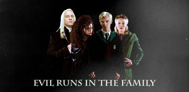 File:Bellatrix and the malfoys.jpg