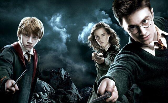 File:Harry-Potter-Wizarding-World-Weekly.jpg