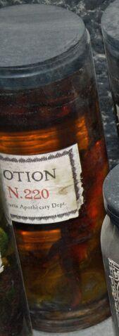 File:PotionN220.jpg