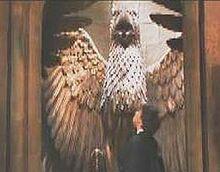 Gargoyle statue Chamber of secret (film) pic2