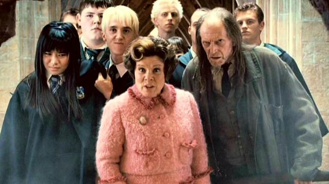 File:Dolores Umbridge with the Inquisitorial Squad capturing Cho Chang (HP5).JPG