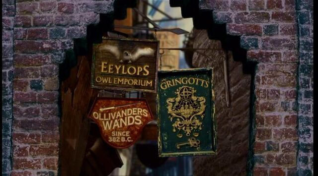 File:Signs of the Three-Most important locations in Diagon Alley (1991).JPG