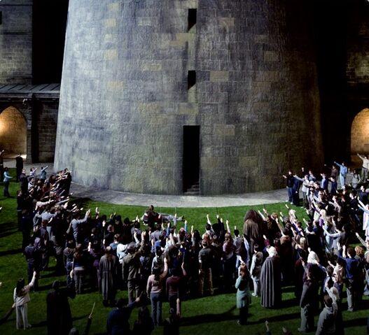 File:HBP Dumbledore's Death - Exclusive @ Olumencia.jpg