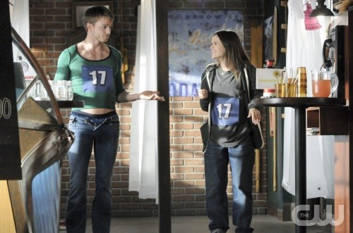 File:Hart of dixie 1x20 wade zoe.jpg