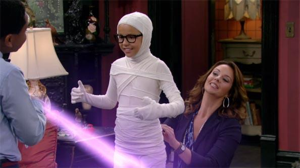 File:Haunted-hathaways-111-clip-large.jpg