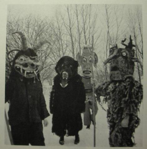 File:Kids in scary costumes.jpg