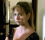Buffy Episode 1x09 002