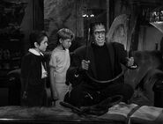 Munsters 1x08 001