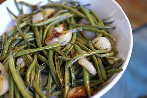 Grn beans and cippolini onions