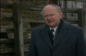 Oliver Ford Davies as Henry Tomkinson