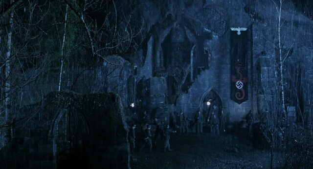 File:Ruins of Trondham Abbey.jpg