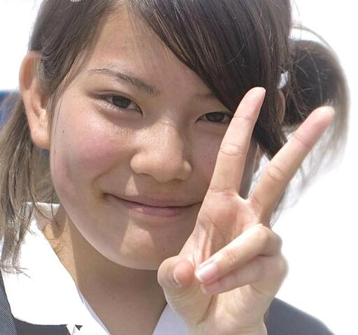 File:Young japanese student giving peace sign 490ANS00086.jpg