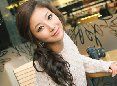 File:ShinYeonYoungJuly2013.png