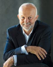 Christopher Gaze