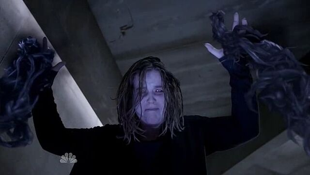 File:1x06 Phoebe kills Quentin.jpg
