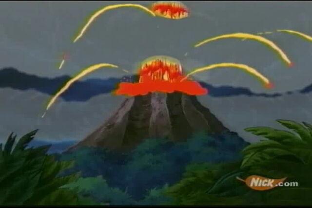File:Volcano in San Lorenzo.jpg