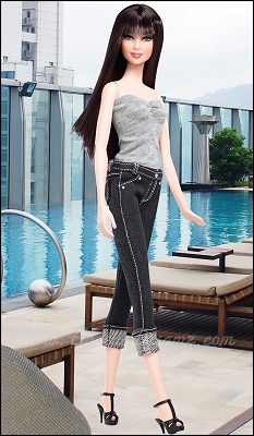File:Model-5-barbie-jeans-1 thumbnail-1-.jpg