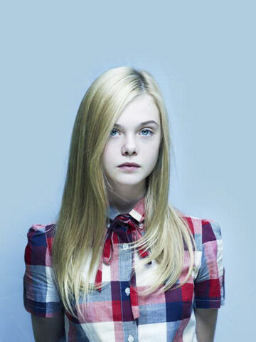 File:Blond-cute-elle-fanning-fashion-girl-photoshoot-Favim.com-50189.jpg