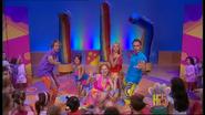 Hi-5 Rainbow 'Round The World 2