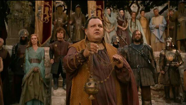 Archivo:Septón Supremo bendice a Myrcella HBO.jpg