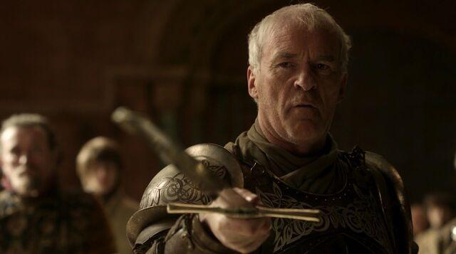 Archivo:Barristan Selmy renunciado a la Guardia Real HBO.jpg