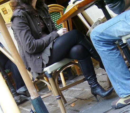 File:Stiletto sitting.jpg
