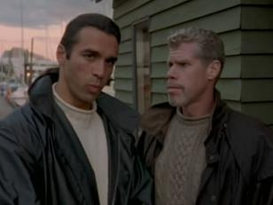 File:Duncan meets the Fake Methos played by Ron Perlman.jpg