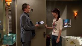 Barney convinces Lily