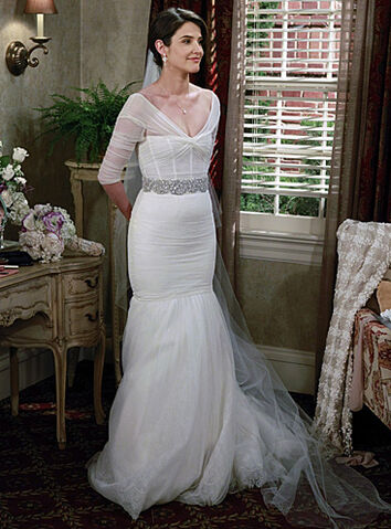 File:Robin the bride.jpg