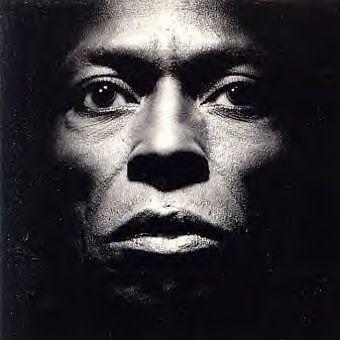 Miles Davis-Tutu (album cover)