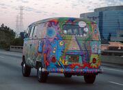 VW Bus T1 in Hippie Colors