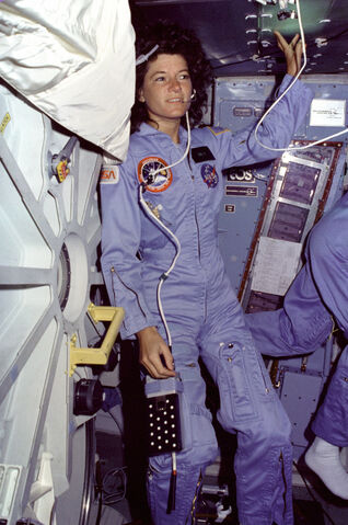 File:Sally Ride on the Middeck.jpg