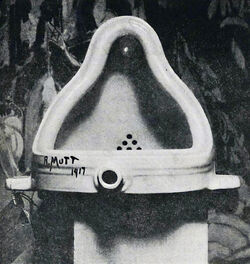 Found Art Duchamp Fountaine