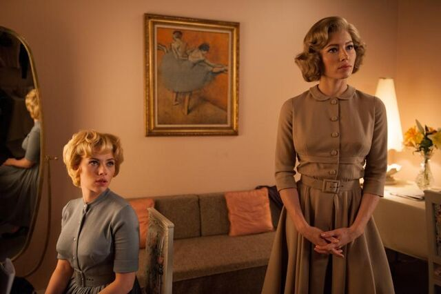 """File:Scarlett Johansson as """"Janet Leigh"""" and Jessica Biel as """"Vera Miles"""" on the set of HITCHCOCK. Photo By Suzanne Tenner.jpg"""